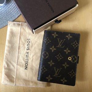 Authentic Louis Vuitton Monogram small Ring Agenda
